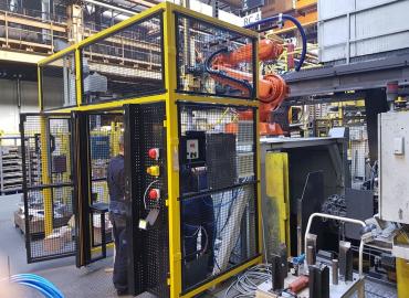 Komplett robotos állomás tervezése, gyártása, szerelése és telepítése