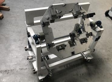 Famex Tools Kft. egyedi gépgyártás, pneumatikus termékforgató asztal robothoz